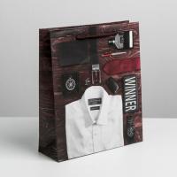 Пакет ламинированный вертикальный «Мужчина с обложки», ML 23 × 27 × 8 см