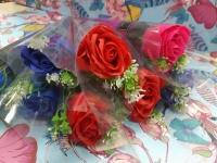 Роза мыло с веточками средние
